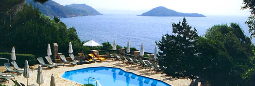 World Travel Guide .com - romantic luxury world travel at discounted travel rates